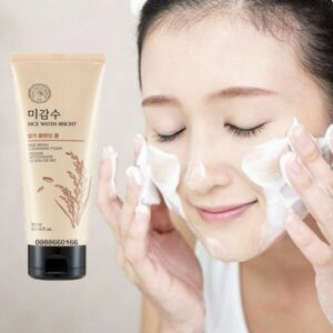 sữa rửa mặt the face shop gạo